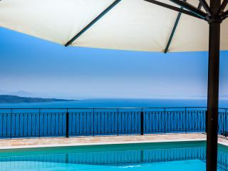 Private Family Villa with Pool above Kalami Corfu