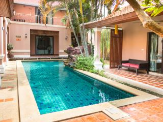 10  Bedrooms villa near  walking street