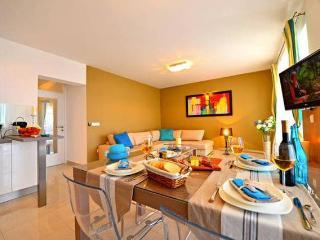 Sophie 6 luxury apartment for 6 people, Novalja