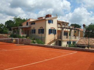 VILLA  KATARINA WITH POOL AND TENNISCOURT