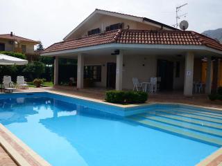 Villa con piscina privata OFFERTA APRILE EMAGGIO, Altavilla Milicia