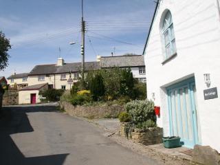 Box Cottage - OC137, Georgeham