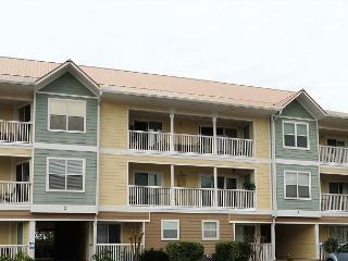 Beachwalk Villas 221, 3BR/2BA beachside condo!  Steps to the beach!!!