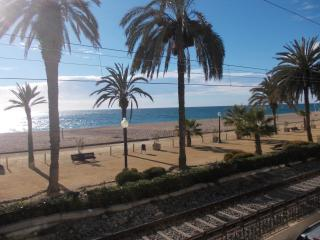 COZY FLAT IN CALELLA, TOP LOCATION, Calella