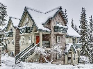 Snowgoose 8 Spacious Luxury 3 Bedroom Townhome on Blackcomb | Acer Vacations, Whistler