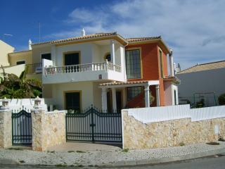Villa Estrela do Mar, Alcantarilha