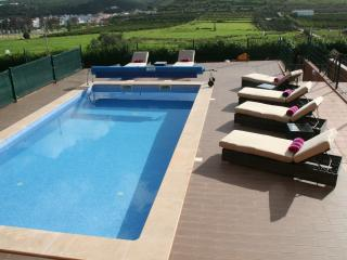 Large Algarve Holiday Home with Private Saltwater Heated Pool