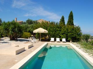 Casa degli ulivi. Relax and nature., Cefalu
