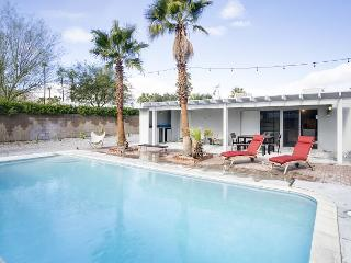 Bright Alexander with Pool, Palm Springs