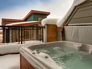 Eco-Friendly Park City Townhome with Mountain-View Hot Tub
