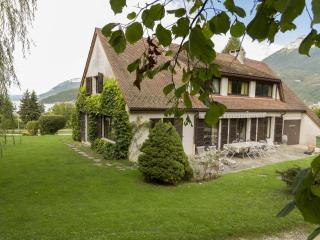 DUINGT - Chateau - Family HOUSE, Duingt