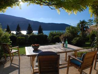 Talloires - Bucolique cottage renove jolie Vue lac