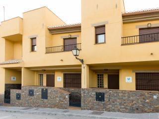 CASAS RURALES MEDINA a 6km. Granada ( 3 casas) Castillejo