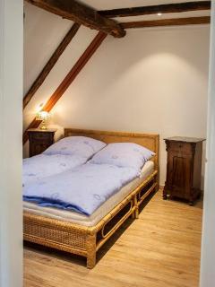 Doppelbett mit 150 x 200 cm Kaltschaum