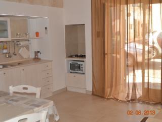 Deliziosa abitazione a 20 metri dal mare, Polignano a Mare