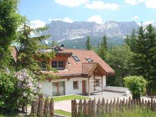 Dolomites Chalet Casa Zilli. Stunning mountain views with sun terrace and BBQ