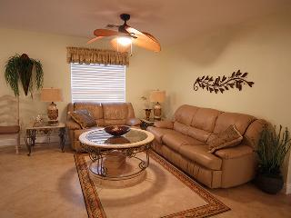 Nuttinglikit Grove Private Three Bedroom Home, Bonita Springs