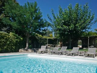 Le Vieil Amandier, Sleeps 22
