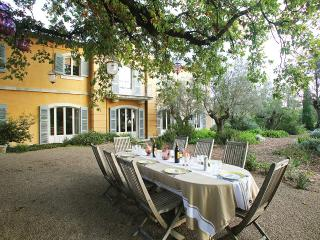 Bastide du Chateau, Sleeps 16