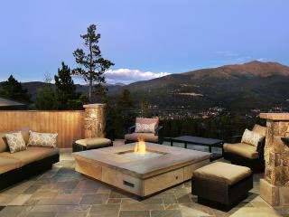 Chateau of Breckenridge, Sleeps 21