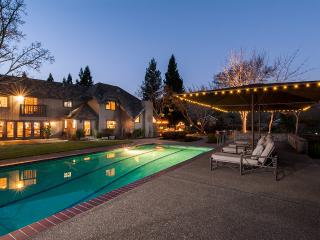 Estate in the Vines, Sleeps 12, Santa Rosa