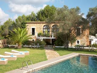 Villa estilo puro de Ibiza con piscina pra 12 pers