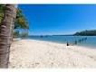 Pet Fiendly Waterfront Peaceful Island Holiday House with Bikes and Kayaks, casa vacanza a Coochiemudlo Island