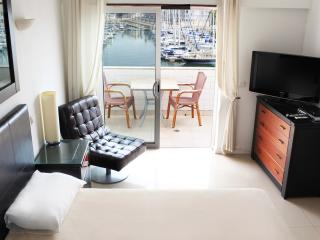 Best location!!! Lagos Marina view town apartment