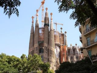 Sagrada Familia 4-2 apartment in Eixample Dreta with WiFi, airconditioning