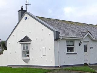 Seaside Cottage in St Helens Bay (Beach & Golf), Rosslare Harbour