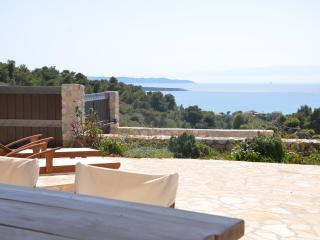 BEAUTIFUL FAMILY HOUSE, Porto Heli