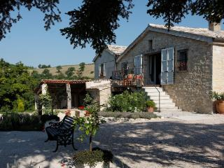 B&B Casale Margherita near Pergola with great views