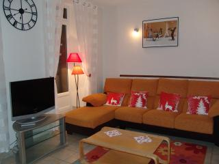 CHARMANT APPARTEMENT T1bis MEUBLE 46