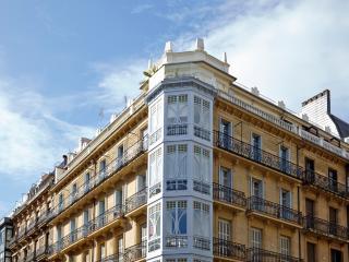 Reyes Apartment
