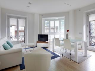 Easo Suite 2B by FeelFree Rentals, San Sebastian - Donostia