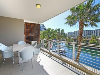 PlanetDatcha Holiday Apts Waterfront 1 Beds w Pool, Le Cap