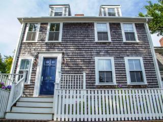 26 Pleasant Street, Nantucket