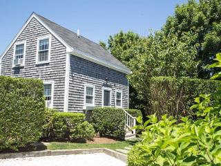 27.5 North Beach Street, Nantucket