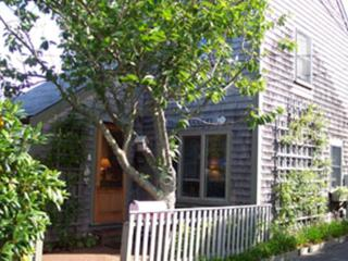 1 Mackay Way, Nantucket