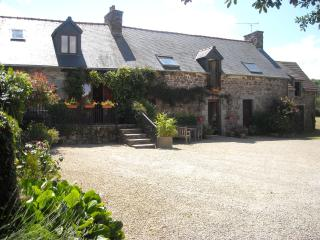 Crec'h Mordo Cottages situated near to Pontrieux