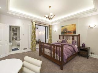 Luxury Large One Bed Flat In Chelsea, Londres