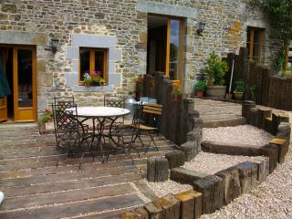 Eco-Gite in Swiss Normandy. Ideal for relaxing & site seeing. Couples welcome.