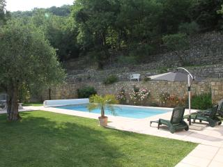 Villa with Pool And Panoramic Coastal View, Quiet