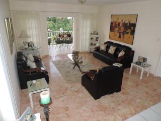 Marble tiled living room