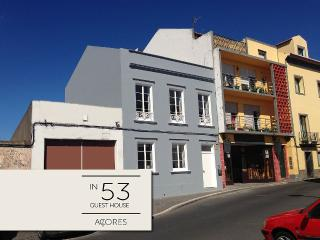 In53 Guest House - 3 Double Rooms in Ponta Delgada