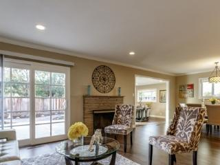Luxury Furnished Home, next to New Apple Campus, Sunnyvale