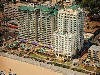 Newest Oceanfront Resort-Oceanaire Resort-Sleeps 8, Virginia Beach