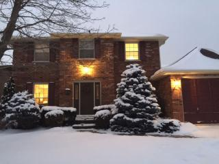 Executive, Furnished Rooms and Gourmet Dinners, Ancaster