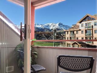 Ski-in, Ski-Out; 3BR +Loft 3.5BA