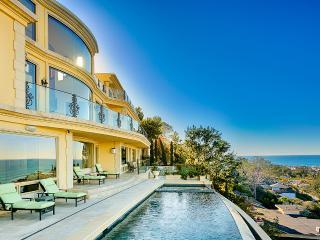 Villa Portofino, Sleeps 10, San Diego